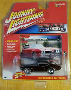 Johnny Lightning Muscle Cars USA 1969 Olds Cutlass 442