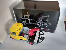 Camion Dépanneuse Mercedes Shell 1/18eme longueur 29cm, neuve