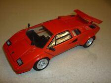 A Franklin mint scale model car of a 1985 Lamborghini countach 500s
