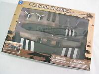 NewRay 1:72 DC-3 Plastic Model Airplane Kit Brand New