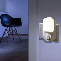 Plug-In PIR Bewegungssensor Flur Stecker Steckdose LED Nachtlicht Toilette Lampe