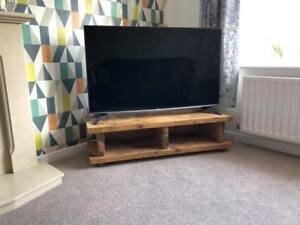 Chunky Rustic TV Stand / Unit / Cabinet Solid Wood Oak Stain Handmade in the UK