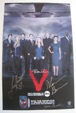 V the TV series poster signed Morena Baccarin, Laura Vandervoort, Jane Badler +1