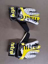 Mitre Goalie Gloves - Youth small (size 4)