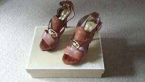 Michael Kors beautiful tan leather high heels. Size 38.