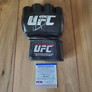 Kamaru Usman UFC signed autographed Glove coa PSA/DNA #AJ22581