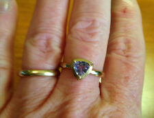 10kt yellow gold Tanzanite trillion cut ring size 5 1/2