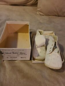 Beautiful Vintage Mrs. Days Ideal Leather 👶 Baby Shoes