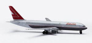 Herpa 502856 Lauda Air Boeing 767-300ER 1:500 Scale REG#OE-LAU RETIRED 1997