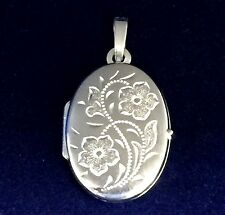 New Sterling Silver Oval Locket Flowers Floral Photos Family Love Memories Gift