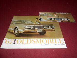 1967 OLDS 4-4-2 CUTLASS 88 98 TORONADO 48 p. CATALOG + 67 OLDSMOBILE BROCHURE