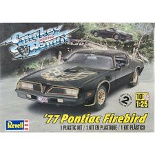 Revell 85-4027 Plastic Model Kit-'77 Smokey And The Bandit Firebird 1:25 NEW