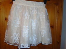 Pretty ivory and cream satin and lace feel short skirt, RIVER ISLAND, size 6 NEW