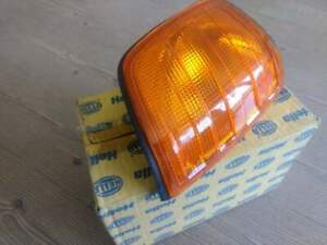 MERCEDES W124 RIGHT SIDE TURN INDICATOR, COMPLETE, COLOR: AMBER, NEW