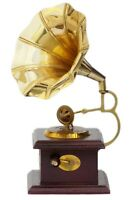 Shiny Brass Decorative Vintage Gramophone Retro Phonograph Showpiece Gifted Item