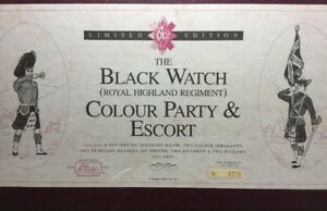 BRITAINS 5297 THE BLACK WATCH (RHR) COLOUR PARTY AND ESCORT