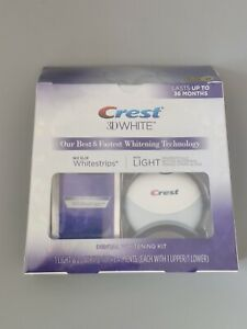 Crest 3D Whitestrips w Blue Light