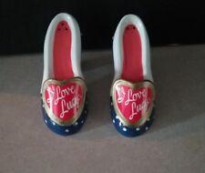 Pre-Owned Vandor I Love Lucy Navy Polka Dot Shoe Salt & Pepper Shakers