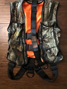 Hunter Safety System Treestand Harness/Vest Size S/M Up To 175#