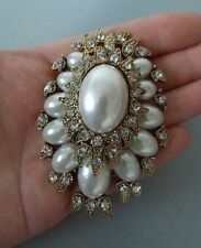 Pearl and Crystal Vintage Gold Tone Style Statement Brooch -UK SELLER