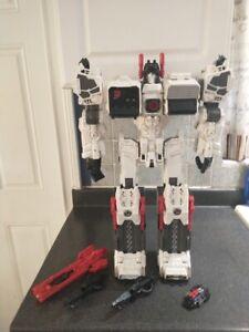 Transformers Generations Metroplex Loose/Complete