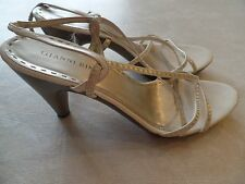 """ladies GIANNI BINI IVORY GOLD SANDALS shoes 3.5"""" heels dress STRAPPY size 10"""