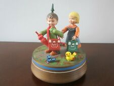 "Anri Wood Music Box Collectible Boy & Girl ""As Time Goes By"" Casablanca"