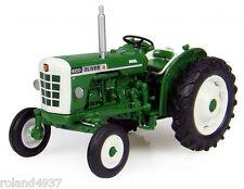Oliver 600 Diesel Tractor 1:43 Universal Hobbies Die-Cast UH6102