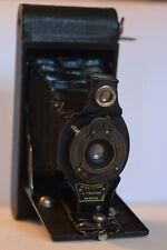 Ancien appareil photo à soufflet Brownie autographique pliable Kodak No.2A