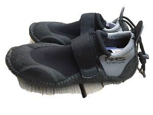 NRS TITANIUM Black Gray Neoprene Kayaking Paddleboard Water Shoes Size 8 Women's