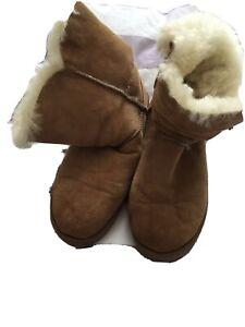 ugg boots size 8 uk Vgc