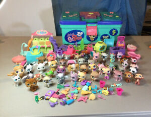 LPS Toy Lot Of 47 Animals W/ Huge Lot Of Sets And Accessories Magnets