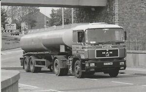 Photo, MAN unit,  Lock Bulk Liquids,  Headcorn, Kent