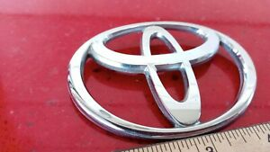 2000-2004 Toyota Echo Front Hood Emblem Logo Symbol Replacement Part OEM