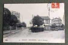 CPA. ERMONT. GROS NOYER. 95 - Allée des Batignons. 1919. Café. Passage à Niveau?