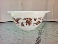 Vtg Pyrex 441 Cinderella Early American 1.5 pt Nesting Mixing Serving Bowl