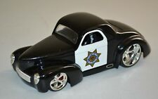 JADA 1/24 1941 WILLYS COUPE HIGHWAY PATROL POLICE COP CAR (SCRATCHES) USED 2009