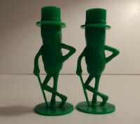 """Planter's Nuts Mr. Peanut Advertising 3"""" Green Salt and Pepper Shakers Vintage"""