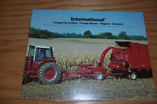 1981 INTERNATIONAL FORAGE HARVESTERS, BOXES, WAGONS, BLOWERS farm literature