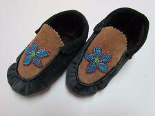 CHILDREN'S NATIVE AMERICAN MOCCASINS/SLIPPERS - BEADED BLUE FLOWER DESIGN - 6 IN