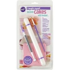 Wilton 5pc Taught Myself to Decorate Cakes with Fondant Sugarpaste Tools Set