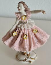 Filigrane Porzellan Figur Ballerina rosa Tüllkleid und blaue Porzellanmarke