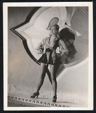 VIRGINIA MAYO - Vintage 1944 Leggy Pirate-Girl Pinup
