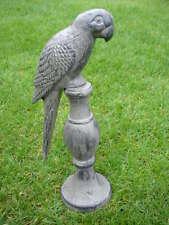 perroquet sur socle en fonte pat gris , statue d un perroquet ,  nouveau !!