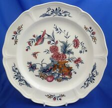 "A WEDGWOOD WILLIAMSBURG 'POTPOURRI' 10¼"" DINNER PLATE"