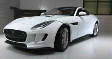 Voitures, camions et fourgons miniatures blancs pour Jaguar
