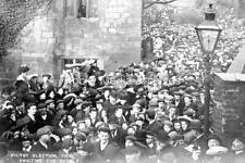 Ztr-37 Election Result Crowd, Whitby, Yorkshire 1906. Photo
