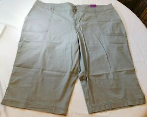 Lane Bryant Women's Ladies Pedal Long Shorts Grey 26 Casual Walking A3913 NWT