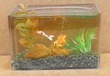 1:12 Scale Fish In A Table Desk Top Aquarium Dolls House Miniature Pet Accessory