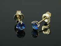 585 Gold  Ohrstecker  mit 3 Krappen 1 Paar 4 mm Grösse mit  echten Saphiren